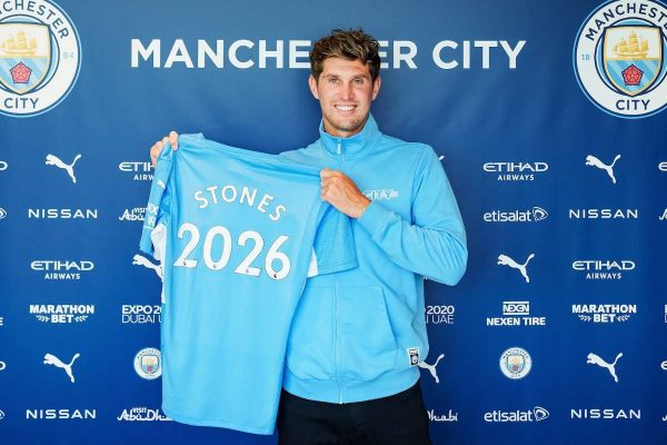 Manchester City make a five-year contract extension with Stones